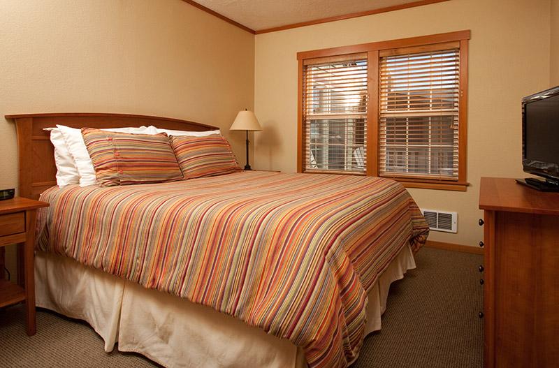 Ocean-Inn-Room-1-1