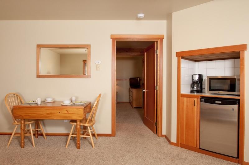 Ocean-Inn-Room-10-3
